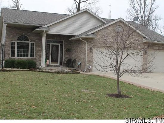 16921 Black Oak Ln<br /> Carlinville, IL